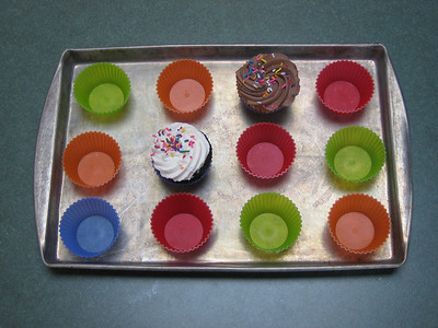 Sili-cups and cupcakes