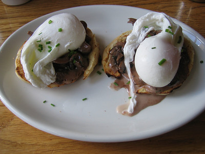Poached eggs at Elephant and Castle, Dublin