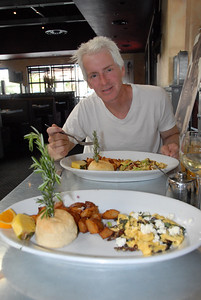 Tim at Hash House A Go-Go