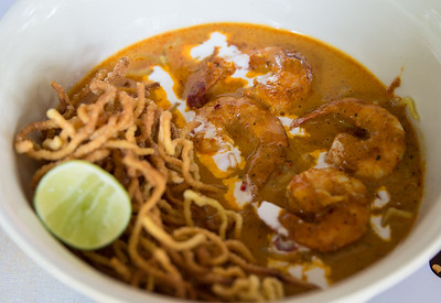 shrimp khao soi